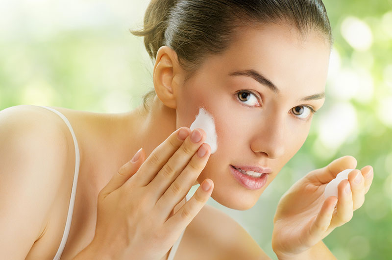 Methoden zur Befeuchtung trockenen Haut