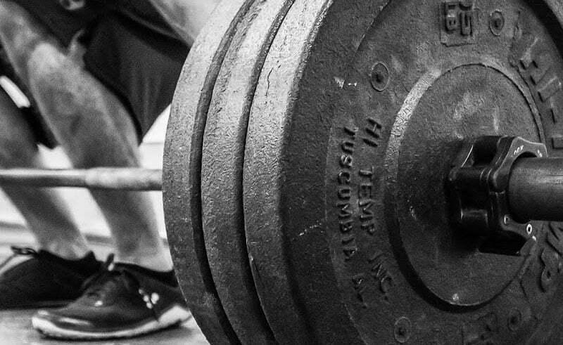 Trei reguli ușoare pentru construirea eficientă a mușchilor